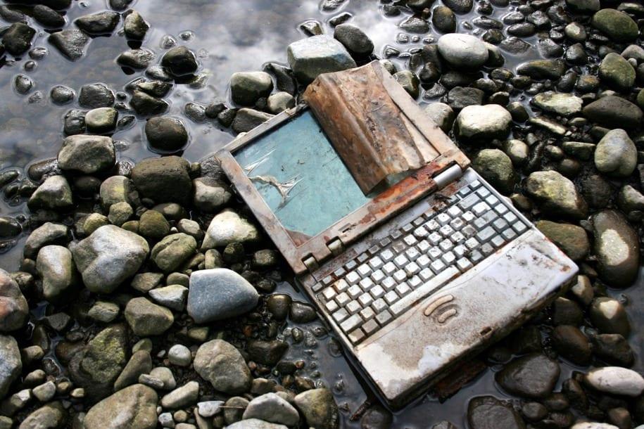 rusty laptop